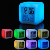 Часы-будильник светящиеся